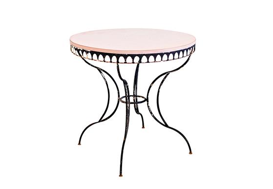 Cancan Table